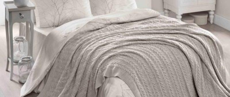 Pamuklu ve Akrilik Battaniyeler