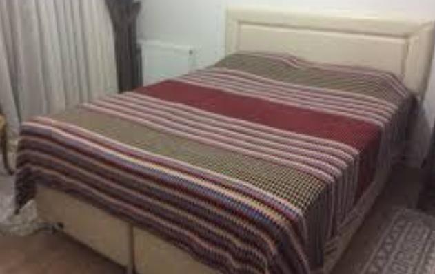 El işi örgü battaniye