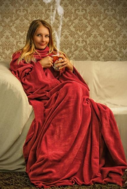 Giyilebilir kırmızı battaniye