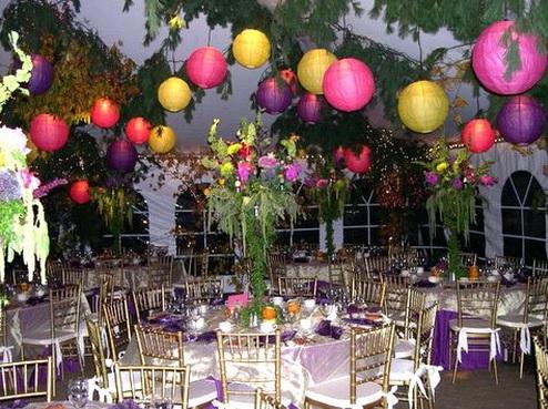 Kına Gecesi İçin Bahçe Süsleme Fikirleri Süs Balonları