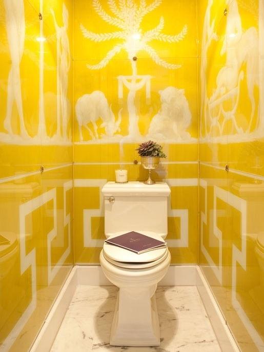 Dar Banyo Dekorasyonu Sarı Renk Duvar Kağıdı Modelleri