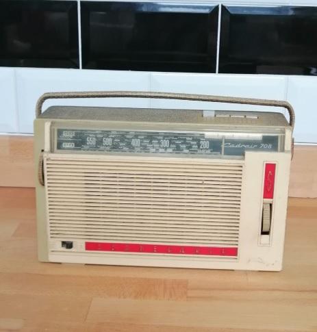 Retro Dekoratif Nostaljik Radyo