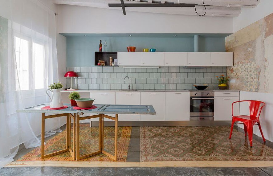 Vibrant Color Kitchen Decoration